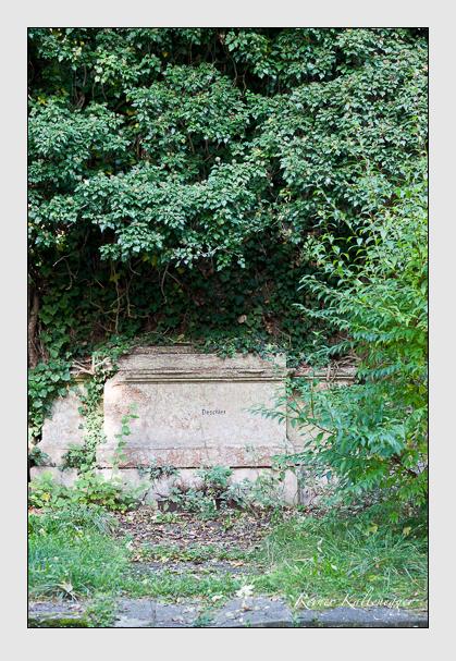 Grab der Familie Deschler auf dem Alten Südfriedhof München (Januar 2007)