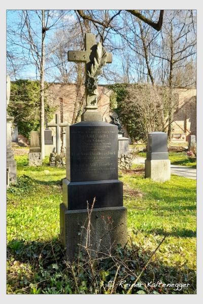 Grab der Familie Dandler auf dem Alten Südfriedhof München (April 2021)