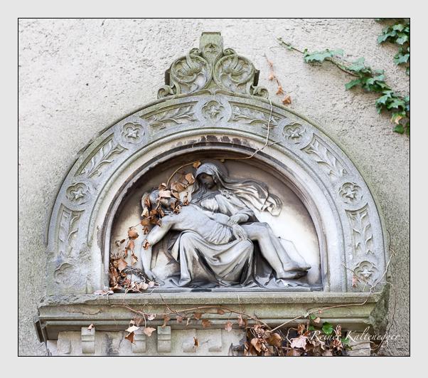 Grab der Familie Fleckinger auf dem Alten Südfriedhof München (März 2008)