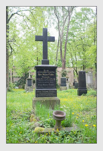 Grab der Familie Triller auf dem Alten Südfriedhof München (Mai 2013)