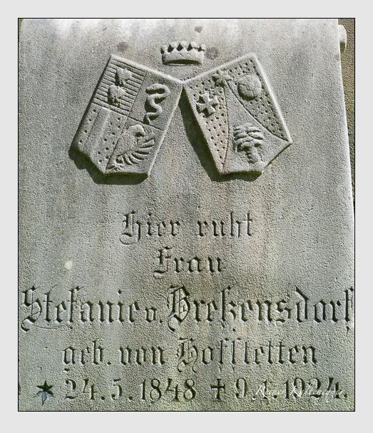 Grab der Familien Bressensdorf & Engel auf dem Alten Südfriedhof München (Mai 2013)