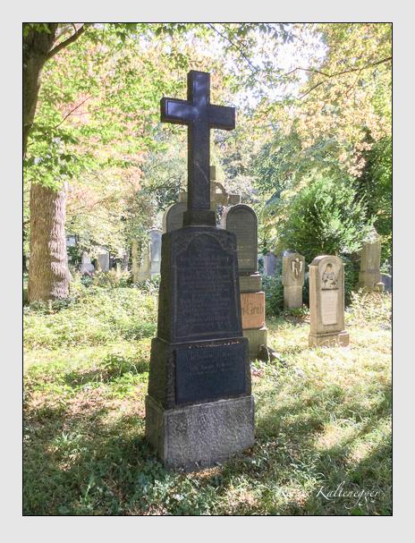 Grab der Familien Fellerer · Schupbaum auf dem Alten Südfriedhof München (Oktober 2016)
