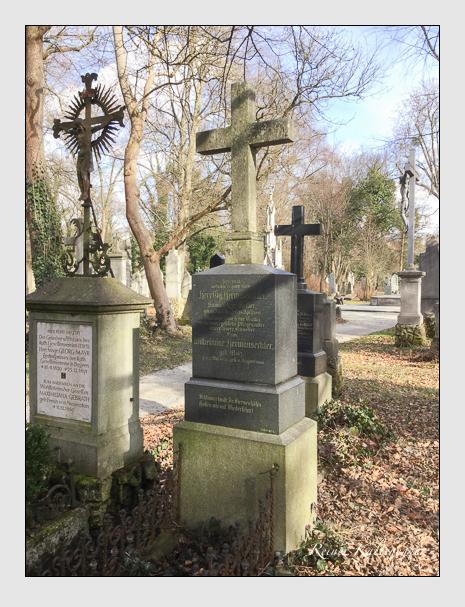 Grab der Familie Hermanseckler auf dem Alten Südfriedhof München (März 2018)