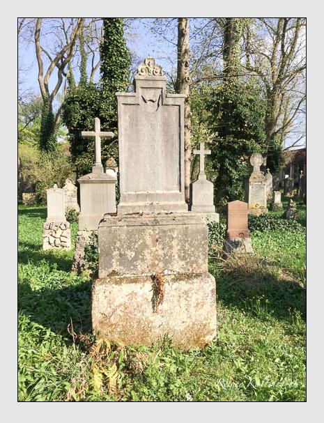 Grab der Familie Ochs auf dem Alten Südfriedhof München (April 2018)