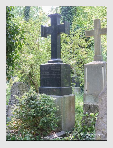 Grab der Familie Herrlich auf dem Alten Südfriedhof München (Mai 2018)