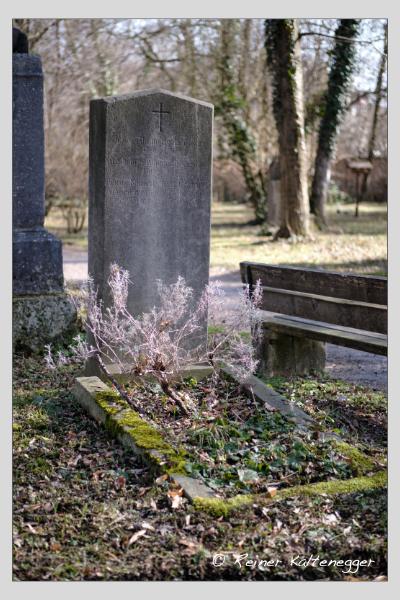 Grab der Familien Ostermaier · Kimmerle auf dem Alten Südfriedhof München (Februar 2021)