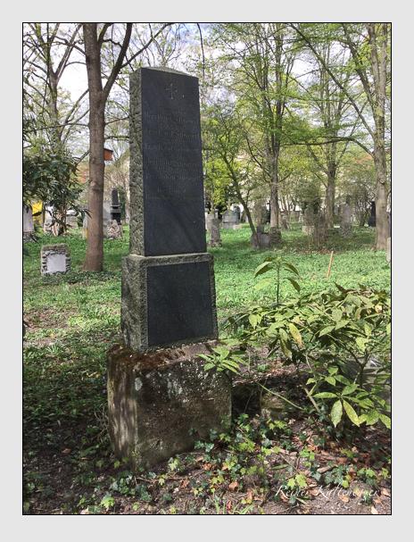 Grab der Familien Lehringer · Schwägerl auf dem Alten Südfriedhof München (April 2018)