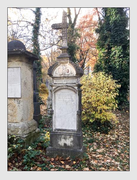 Grab der Familien Burlein & Seelmeyr auf dem Alten Südfriedhof München (Oktober 2016)