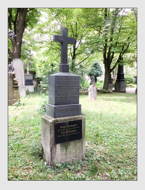 Grab der Familie Harlander auf dem Alten Südfriedhof München (Juli 2018)