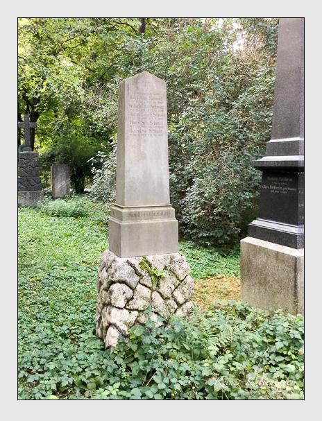 Grab der Familie Schmid auf dem Alten Südfriedhof München (September 2018)