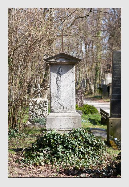 Grab der Familie Schiederle auf dem Alten Südfriedhof München (März 2008)