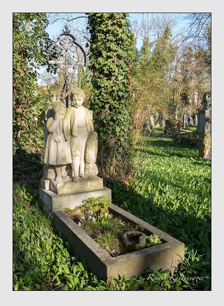 Grab der Familie Hunebald auf dem Alten Südfriedhof München (März 2014)