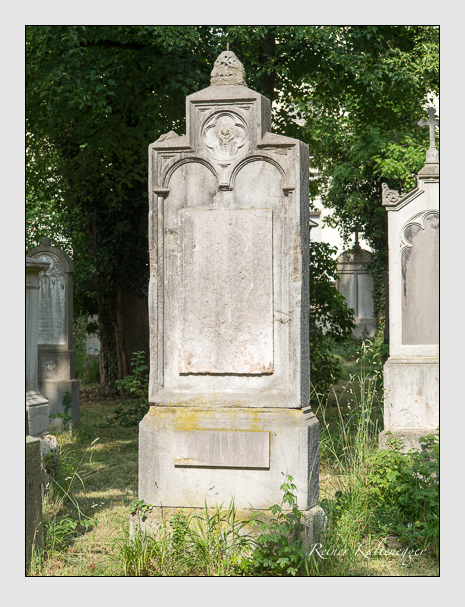 Grab der Familie Fritsch auf dem Alten Südfriedhof München (Juni 2014)