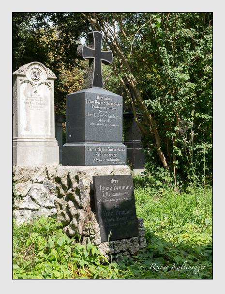 Grab der Familien Brunner & Schamberger auf dem Alten Südfriedhof München (September 2014)