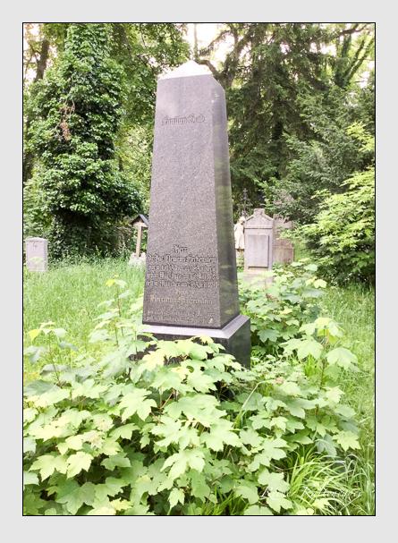Grab der Familien Fleckenstein · Peter auf dem Alten Südfriedhof München (Mai 2016)