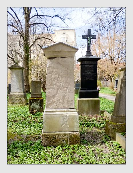Grab der Familien Haubl & Meier auf dem Alten Südfriedhof München (Oktober 2016)
