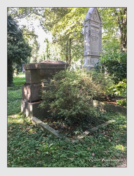 Grab der Familien Rattenhuber & Schödtl auf dem Alten Südfriedhof München (September 2018)