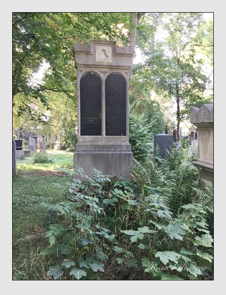 Grab der Familien Kraisy · Rattenhuber · Selmayr auf dem Alten Südfriedhof München (Dezember 2017)