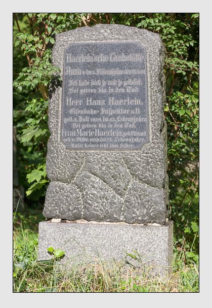 Grab der Familie Haerlein auf dem Alten Südfriedhof München (August 2011)