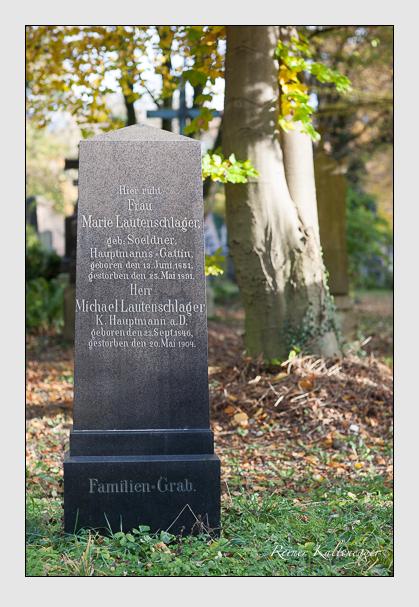 Grab der Familie Lautenschlager auf dem Alten Südfriedhof München (November 2011)