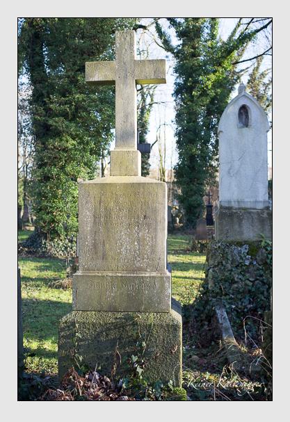 Grab der Familie Gutscher auf dem Alten Südfriedhof München (Dezember 2012)