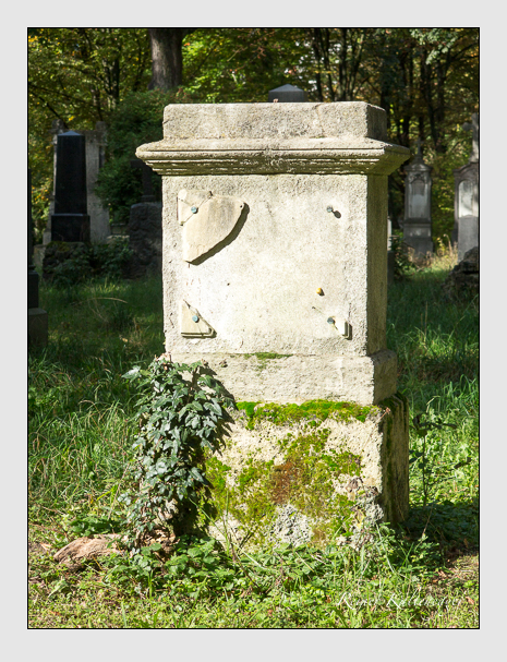 Grab der Familie d'Orville auf dem Alten Südfriedhof München (Oktober 2014)