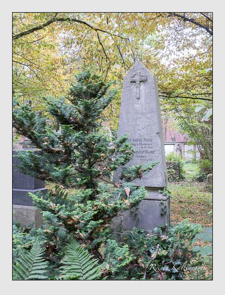 Grab der Familie Reitz auf dem Alten Südfriedhof München (Oktober 2014)