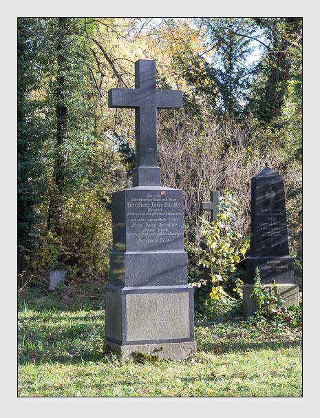 Grab der Familien Daser · Schaitler auf dem Alten Südfriedhof München (November 2014)
