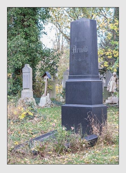 Grab der Familien Arnold · Prantl auf dem Alten Südfriedhof München (November 2014)