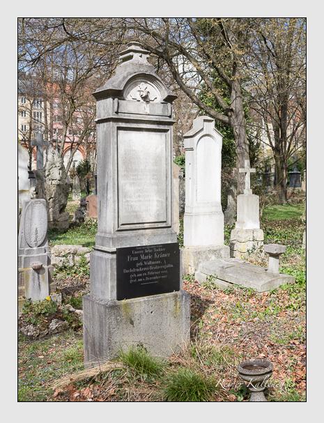 Grab der Familien Krämer · Widtmann auf dem Alten Südfriedhof München (März 2016)