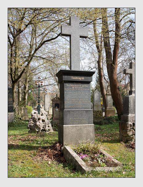 Grab der Familien Rupprecht · Smith auf dem Alten Südfriedhof München (April 2016)