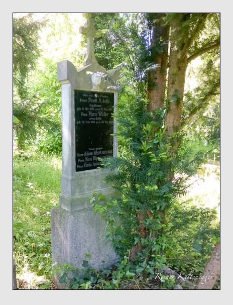 Grab der Familien Hilpert · Jehle · Krämer · Wetzstein auf dem Alten Südfriedhof München (Oktober 2016)