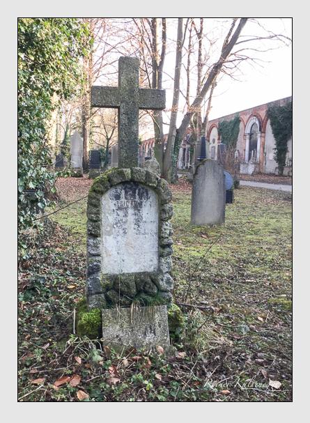 Grab der Familie Stadler auf dem Alten Südfriedhof München (Januar 2018)