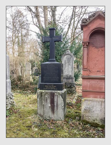 Grab der Familie Braun auf dem Alten Südfriedhof München (März 2018)