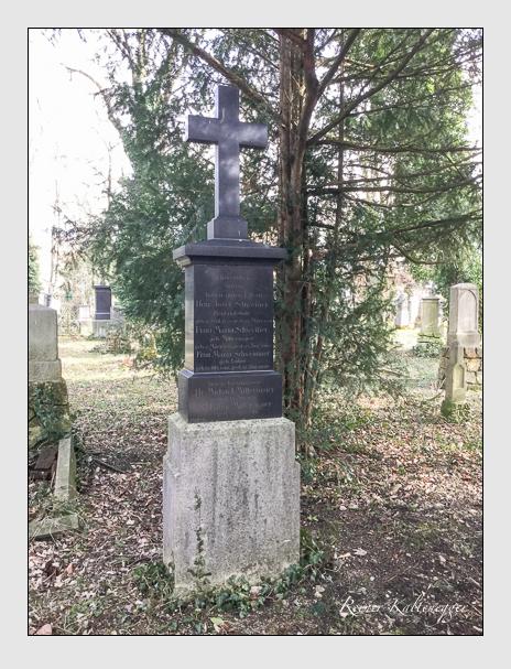 Grab der Familien Mittermaier · Schwemmer auf dem Alten Südfriedhof München (März 2018)