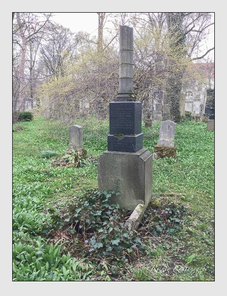 Grab der Familien Griebler · Müller · Stettler auf dem Alten Südfriedhof München (April 2018)