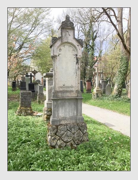 Grab der Familie Hilmer auf dem Alten Südfriedhof München (April 2018)