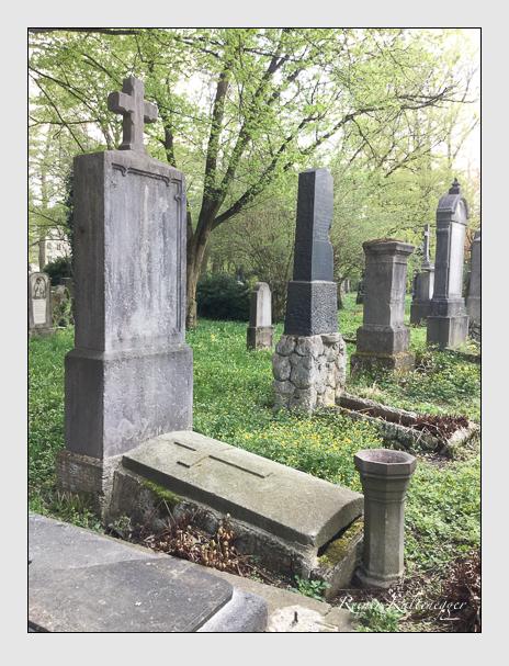 Grab der Familie Riedl auf dem Alten Südfriedhof München (April 2018)