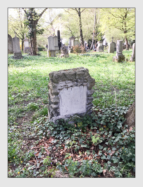 Grab der Familie Gernet auf dem Alten Südfriedhof München (April 2018)