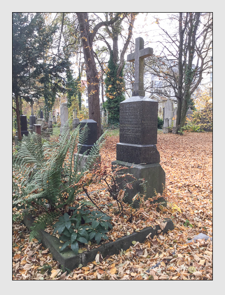 Grab der Familien Berger · Kuhn · Mühlbauer auf dem Alten Südfriedhof München (Mai 2018)