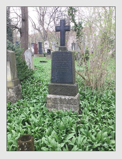 Grab der Familien Blumfelder · Warsönke auf dem Alten Südfriedhof München (Mai 2018)