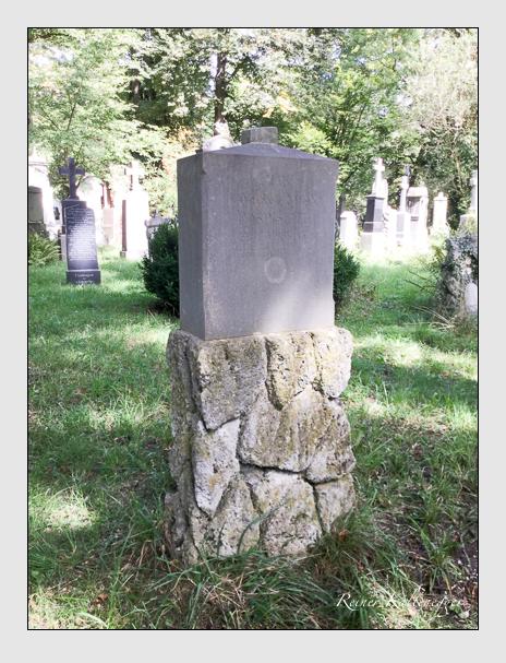 Grab der Familie Pospischil auf dem Alten Südfriedhof München (September 2018)