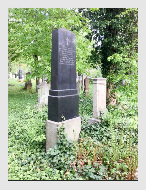 Grab der Familie Metzger auf dem Alten Südfriedhof München (April 2019)