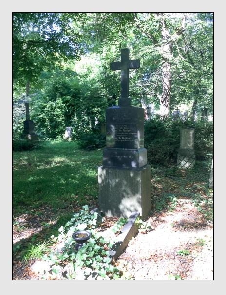 Grab der Familien Bucher · Ruhland auf dem Alten Südfriedhof München (August 2019)
