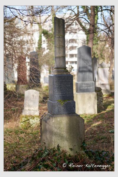 Grab der Familien Griebler · Müller · Stettler auf dem Alten Südfriedhof München (Februar 2021)