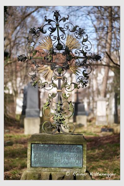 Grab der Familie Gedon auf dem Alten Südfriedhof München (Februar 2021)
