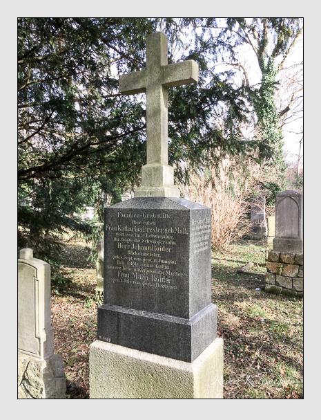 Grab der Familien Drexler · Mall · Roider auf dem Alten Südfriedhof München (März 2018)