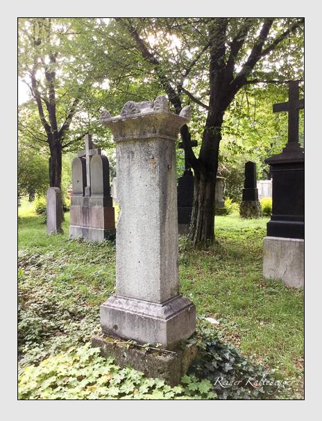 Grab der Familie Schrödl auf dem Alten Südfriedhof München (September 2018)