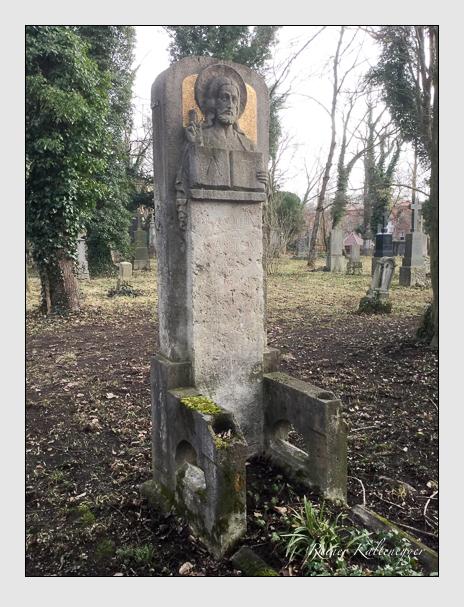 Grab der Familie Neidlein auf dem Alten Südfriedhof München (Januar 2020)
