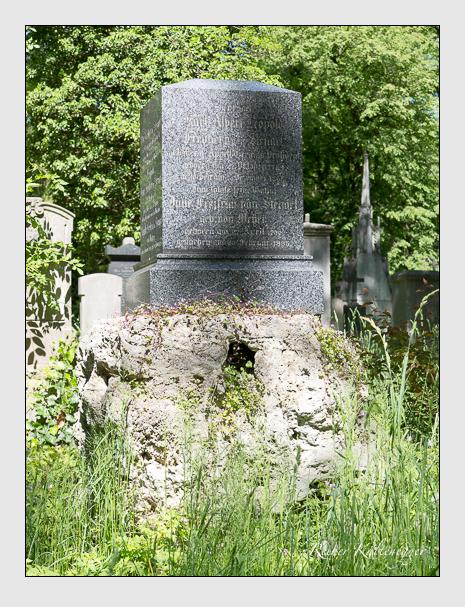 Grab der Familie Stengel auf dem Alten Südfriedhof München (Mai 2016)
